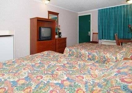фото Econo Lodge Madison Heights 677573653