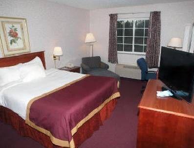 фото Baymont Inn & Suites Muskegon 677573935
