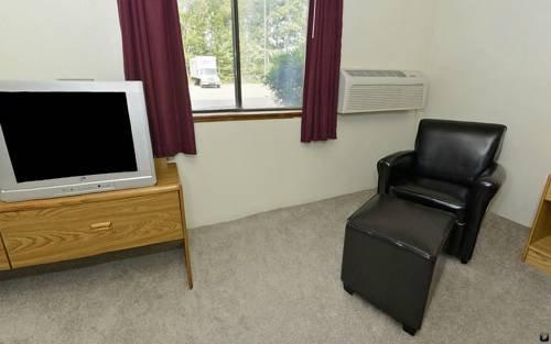 фото Americas Best Value Inn - Whitehall 677575541