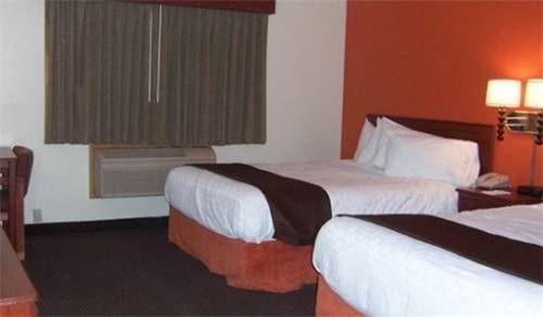 фото AmericInn Lodge and Suites Austin 677575781