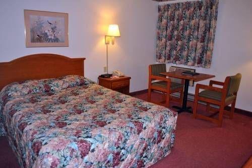 фото Val U Stay Inn & Suites 677576984