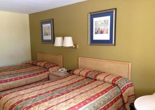фото Liberty Inn - Collins 677579487