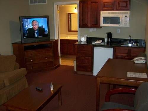 фото Diamondhead Inn & Suites 677579517
