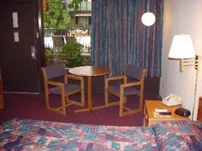 фото Diamondhead Inn & Suites 677579518