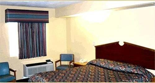 фото Holiday Terrace Motel 677579915