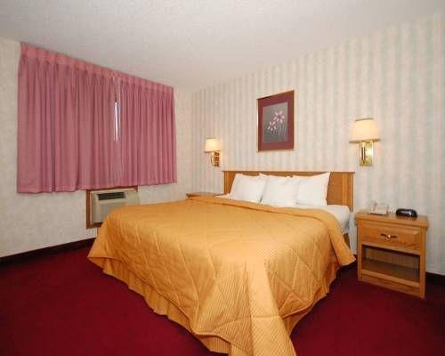 фото Comfort Inn Boonville 677581438