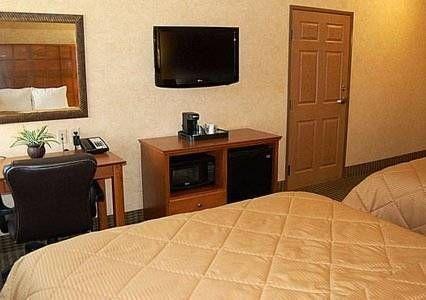 фото Comfort Inn & Suites Chillicothe 677582946