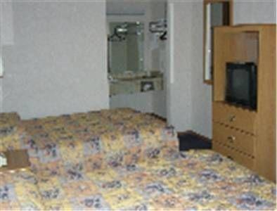 фото Midwest Inn 677584962