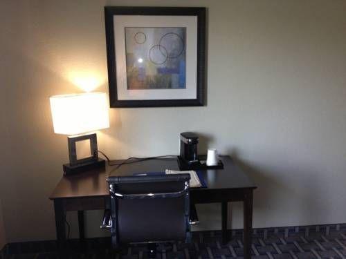 фото Comfort Inn Lees Summit 677585013