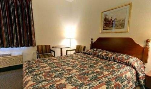 фото Americas Best Value Inn New Florence 677585392