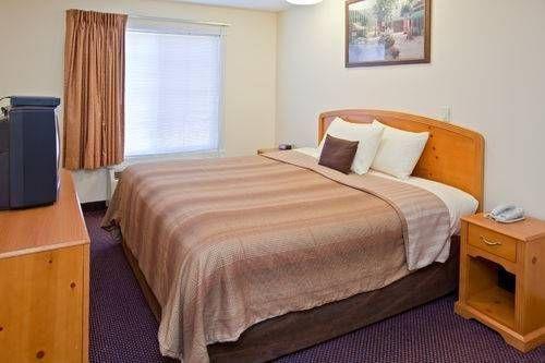 фото Candlewood Suites St Joseph 677585897