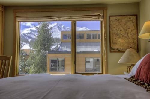 фото Shoshone Ski-in/ski out Condo 677587330