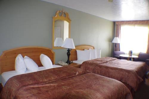 фото Three Bear Motel 677589023