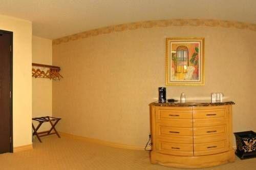 фото Railroad Pass Hotel and Casino 677591305