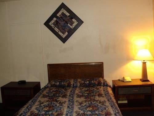фото Desert Hills Motel 677592722