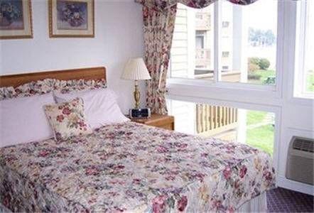 фото Misty Harbor Resort 677594598