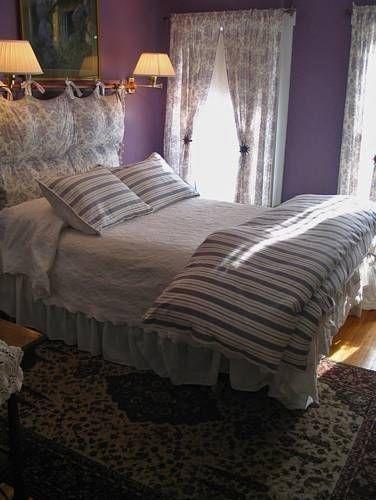 фото The Monadnock Inn 677595238