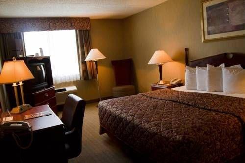 фото America`s Best Inn Portsmouth 677596741