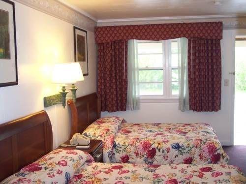 фото Shore Hills Motel 677600220