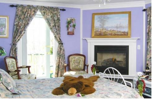 фото Evergreen Inn Bed and Breakfast 677601871