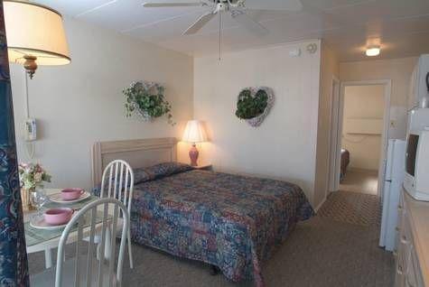 фото Caprice Motel - Wildwood 677602474