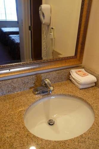 фото Red Carpet Inn Albany 677606461