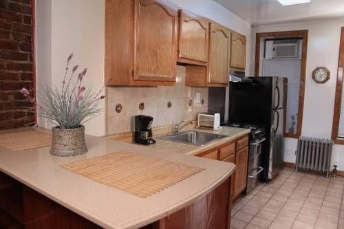 фото Upper Yorkville Suites 677613044