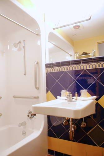 фото Chelsea Star Hotel 677614590