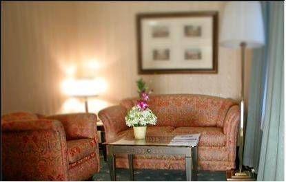 фото NH Jolly Hotel Madison Towers 677615322