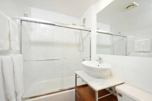 фото Apartments Midtown 3000 677618702