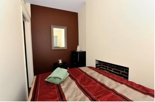 фото Apartments Midtown West Economy 3000 677619639