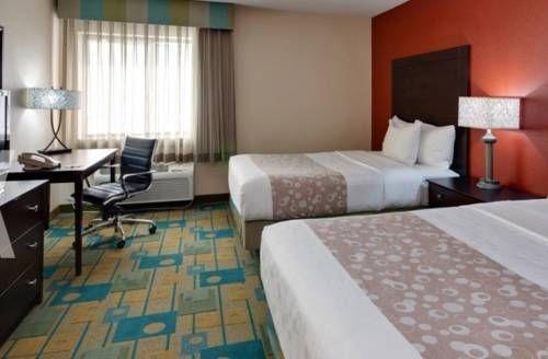 фото La Quinta Inn & Suites Plattsburgh 677621020