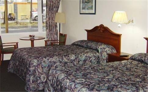 фото Budget Motor Inn- Stony Point 677623344