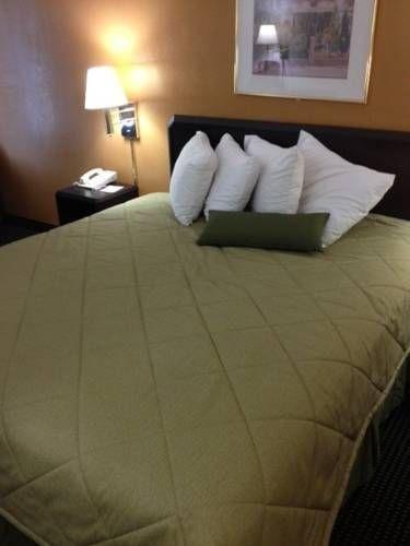 фото Regal Inn - Charlotte 677626851