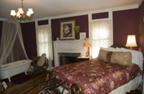 фото Buffalo Tavern Bed and Breakfast 677631683