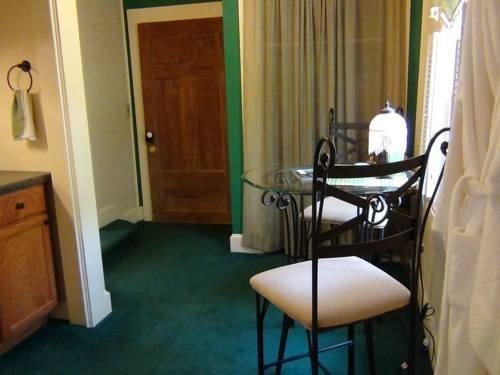 фото Buffalo Tavern Bed and Breakfast 677631686