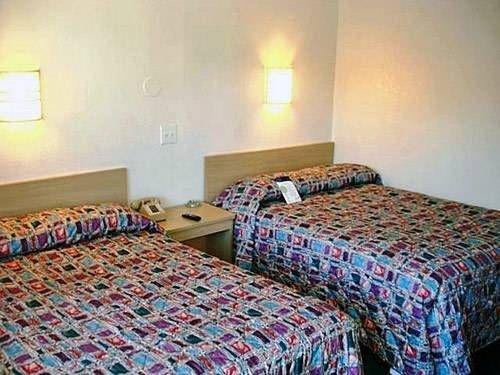 фото Motel 6 Winston - Salem 677632165