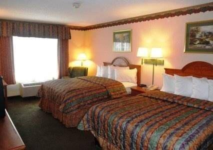 фото Quality Inn & Suites 677636617