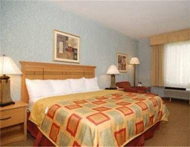 фото Best Western Locust Grove Inn & Suites 677639300