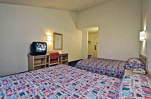 фото Motel 6 Shawnee 677640438