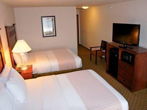 фото La Quinta Inn & Suites Grants Pass 677642892
