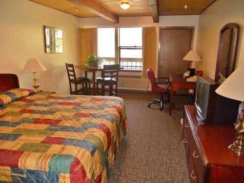 фото Vagabond Lodge 677643012