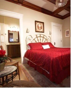 фото Villa Columbia Bed & Breakfast 677643023