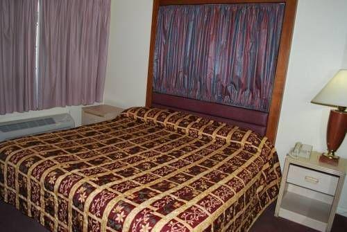 фото A-1 Budget Motel 677643252