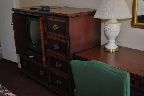 фото America`s Best Inn and Suites Klamath Falls 677643280