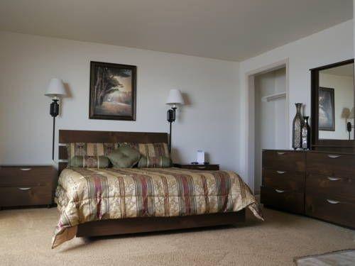 фото WestShore OceanFront Suites 677643602