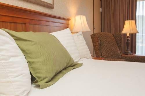 фото Best Western Plus Rivershore Hotel 677644011