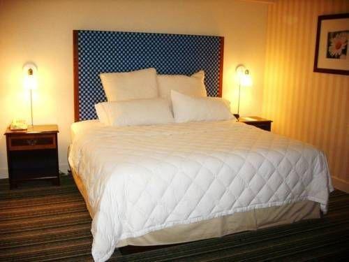 фото Days Hotel Allentown/Bethlehem Airport 677646639
