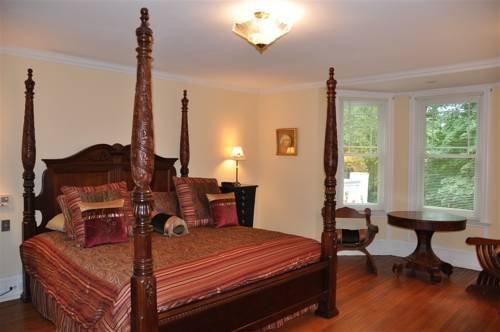фото Wayne Bed & Breakfast Inn 677652916