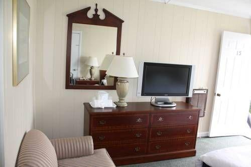 фото Ocean Rose Motel - Narragansett 677653525
